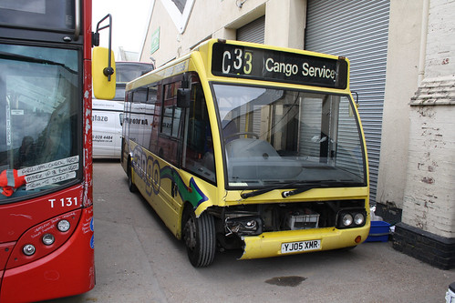 Go South Coast 3722 YJ05XMR