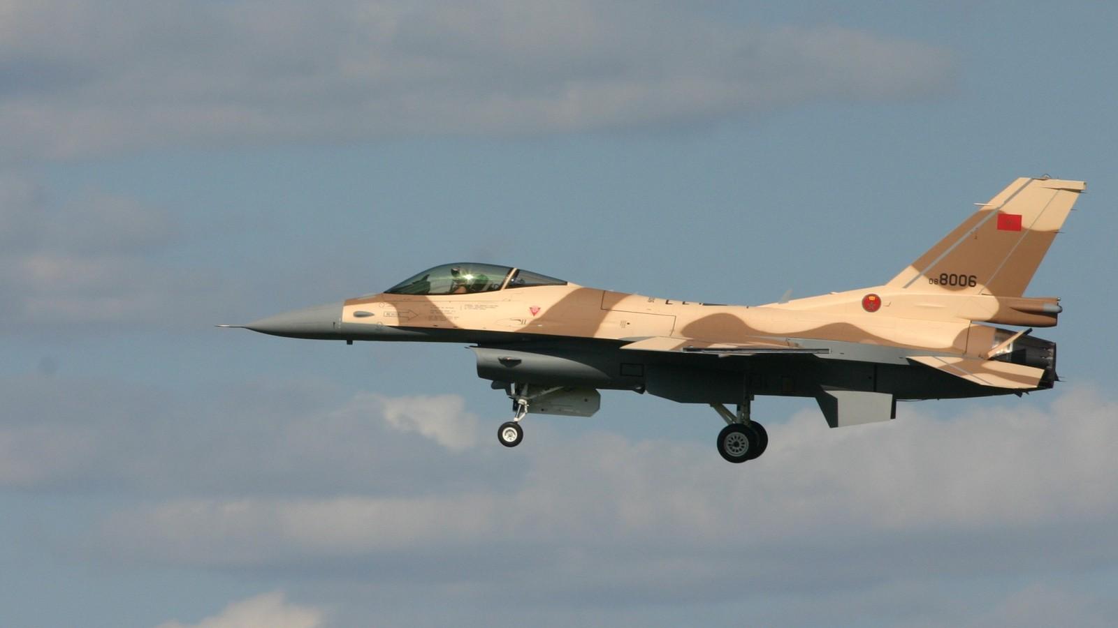 Photos RMAF F-16 C/D Block 52+ - Page 12 47710640181_bf594f7795_o