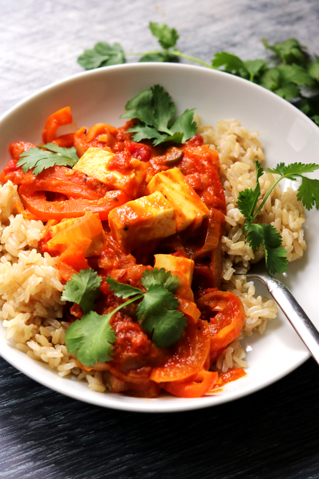Slow-Cooked Pepper and Paneer Curry