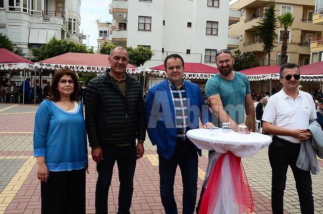 Binnaz Arık, Fikret Arık, Erkan Demirci, Tan Adalı, Mehmet Barcın.