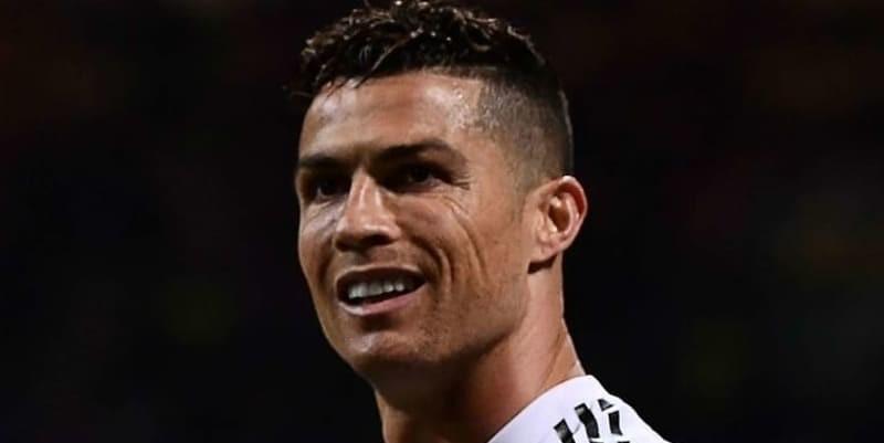 Ronaldo mengalahkan Messi mencetak 600 goal