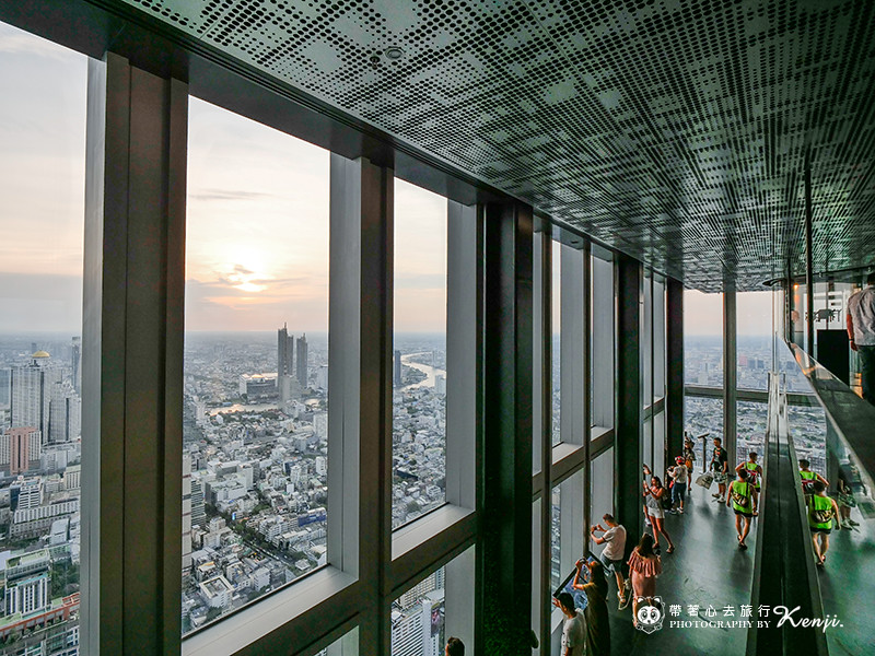 mahanakhon-skyWalk-22