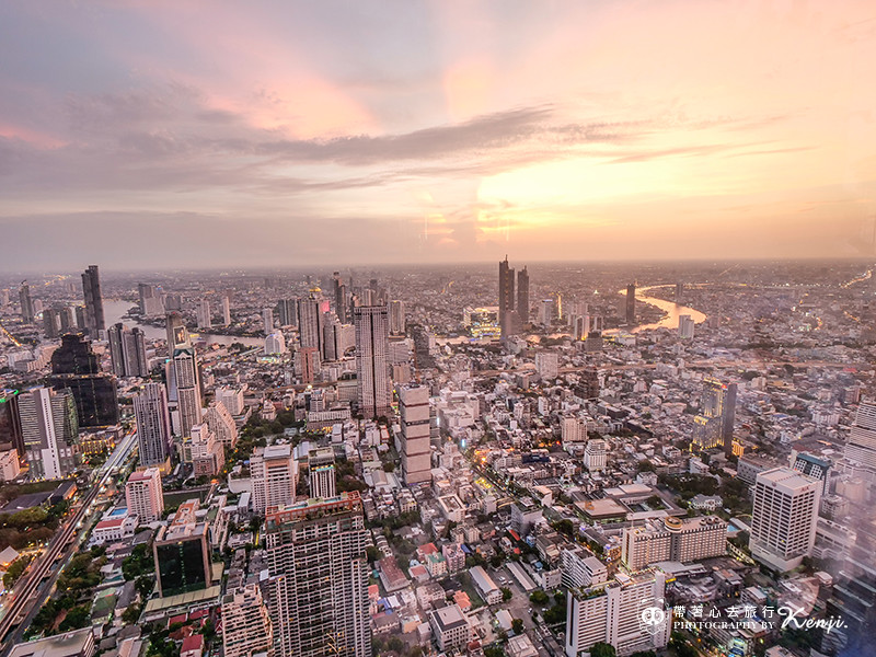 mahanakhon-skyWalk-38