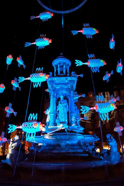 Lyon - La fontaine de la place des Jacobins lors de la fête des Lumières 2008