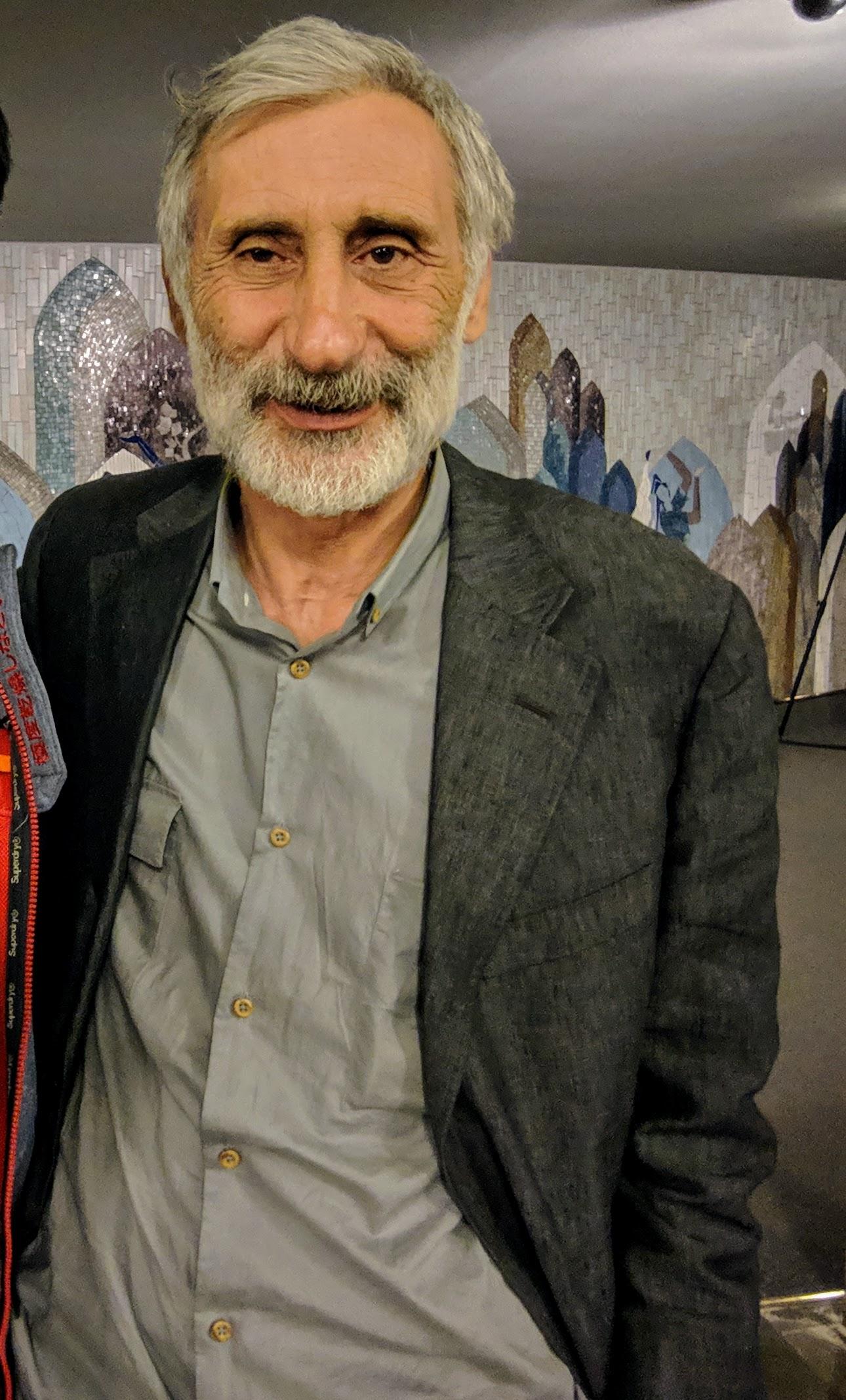 Muzaffer Ozdemir 莫札菲用土语亲切与矮夯北分享从影工作经验谈