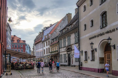 2018 latvia riga hdr landscape street downtown architecture building