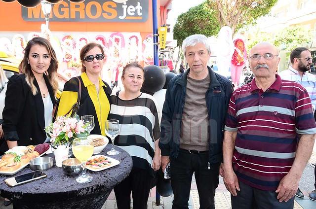 Nilay Parmaksızoğlu, Ayşe Girenes, Gülseren Satıcı, Mustafa Girenes, Mehmet Bayram.