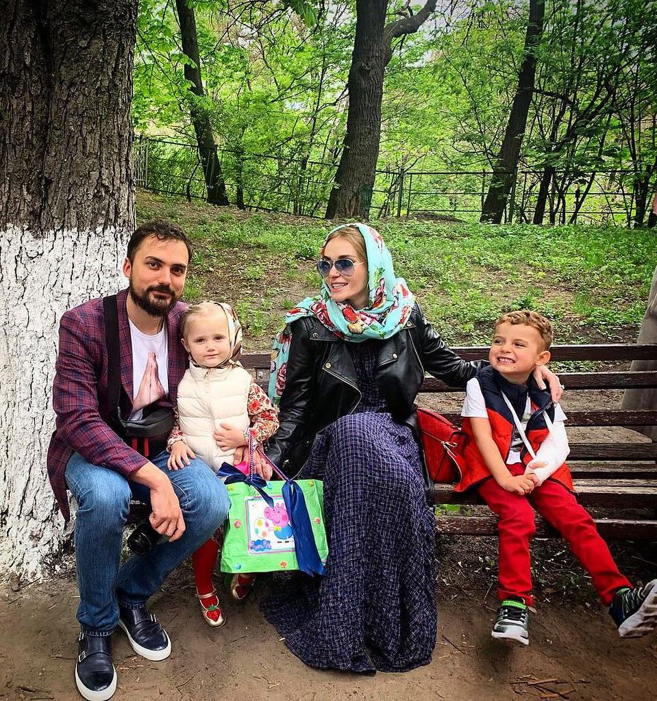 Слава Каминская поздравляет с Пасхой 2019