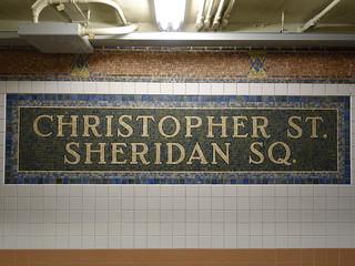 201904072 New York City subway station 'Christopher Street–Sheridan Square'