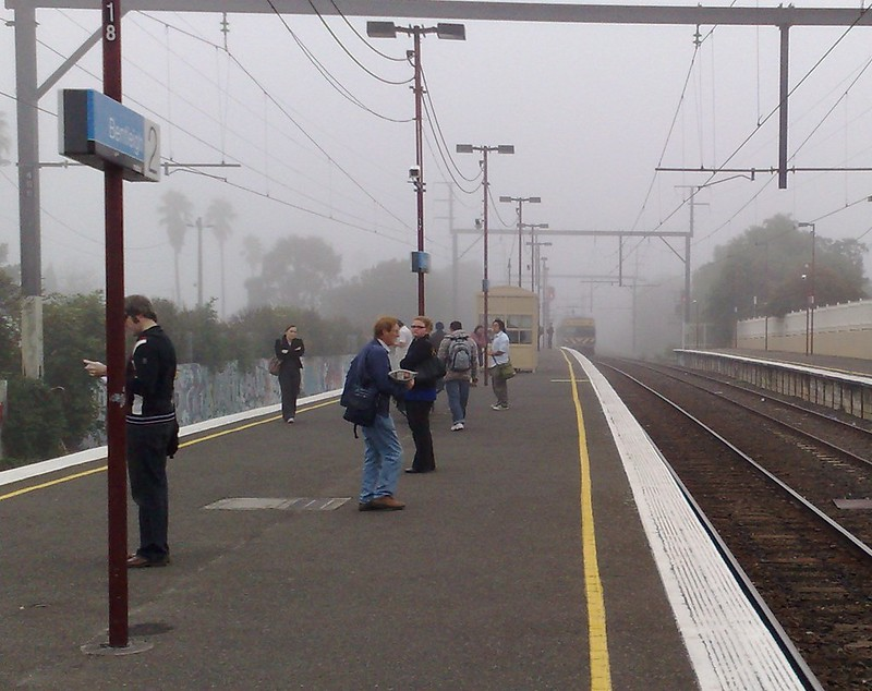 Bentleigh station, April 2009