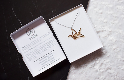 YO_ZEN_origami_swan_necklace-2