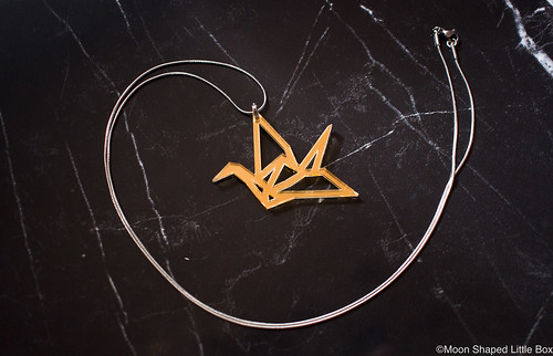 Origami_Swan_jewelry_from_Finland