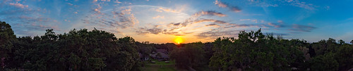 valrico florida unitedstatesofamerica dentist forest sunset skyporn golden hour djimavicair mavicair panorama panoramic pano april 2019 tampa tampabayarea tampabay drone uav sky trees clouds blue orange