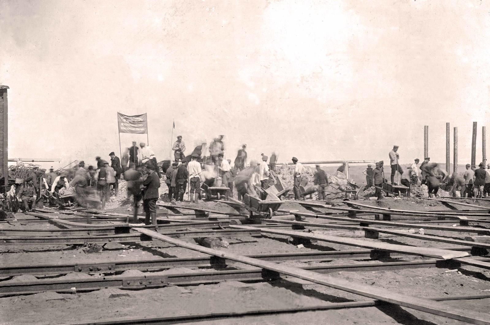 1920. Первомайский субботник в Харькове