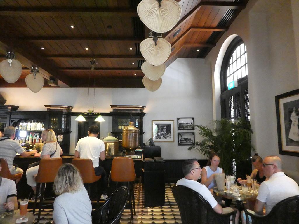 The Long Bar, Raffles Hotel