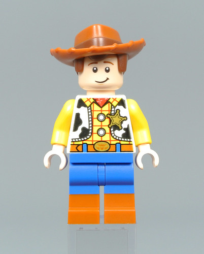 10766 Woody & RC