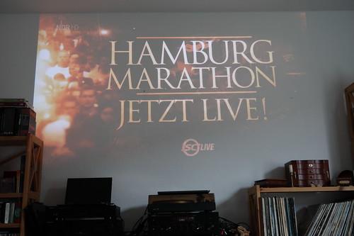 Verfolgung der Übertragung des Marathon 2019 in Hamburg live über unseren Beamer