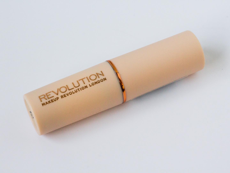 Is de Makeup Revolution Fast Base Foundation Stick dé perfecte foundation?