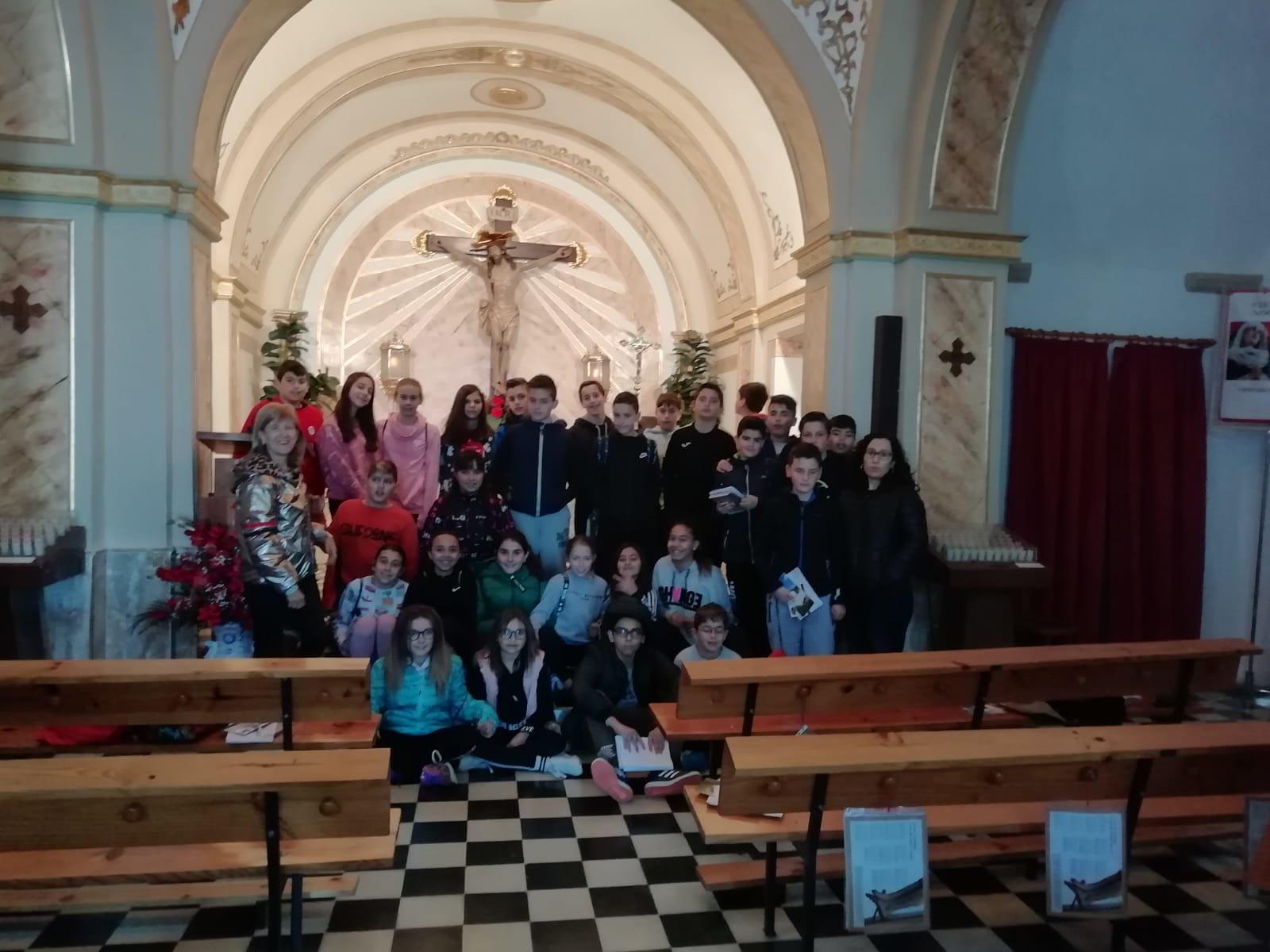 (2019-04-11) Visita ermita alumnos Pilar - 6 primaria -  9 de Octubre - María Isabel Berenguer (09)