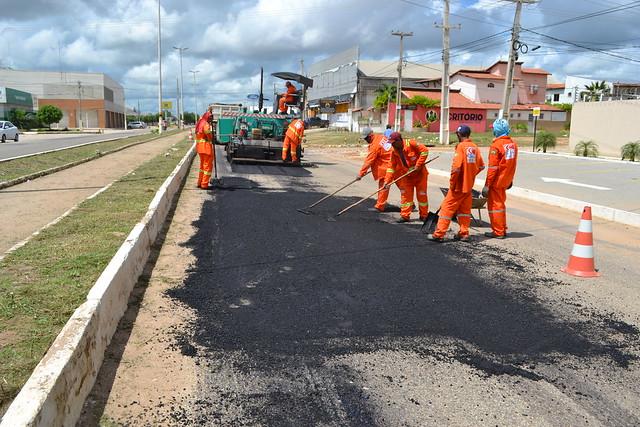 30-04-2019-Operação tapa buracos na Av Lauro Monte - Luciano lellys (17)