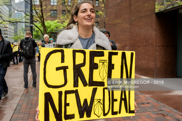 NYC Activists push Schumer to back Green New Deal
