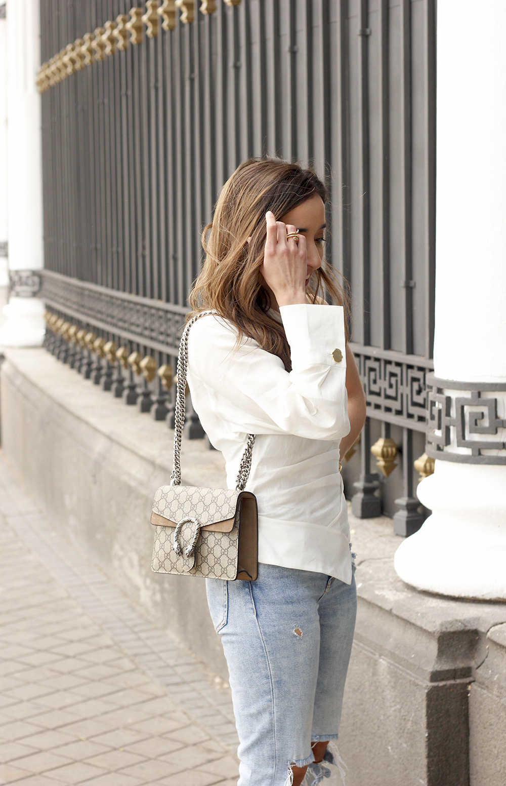 White Asymmetrical Linen Top jeans gucci bag street style outfit 20194