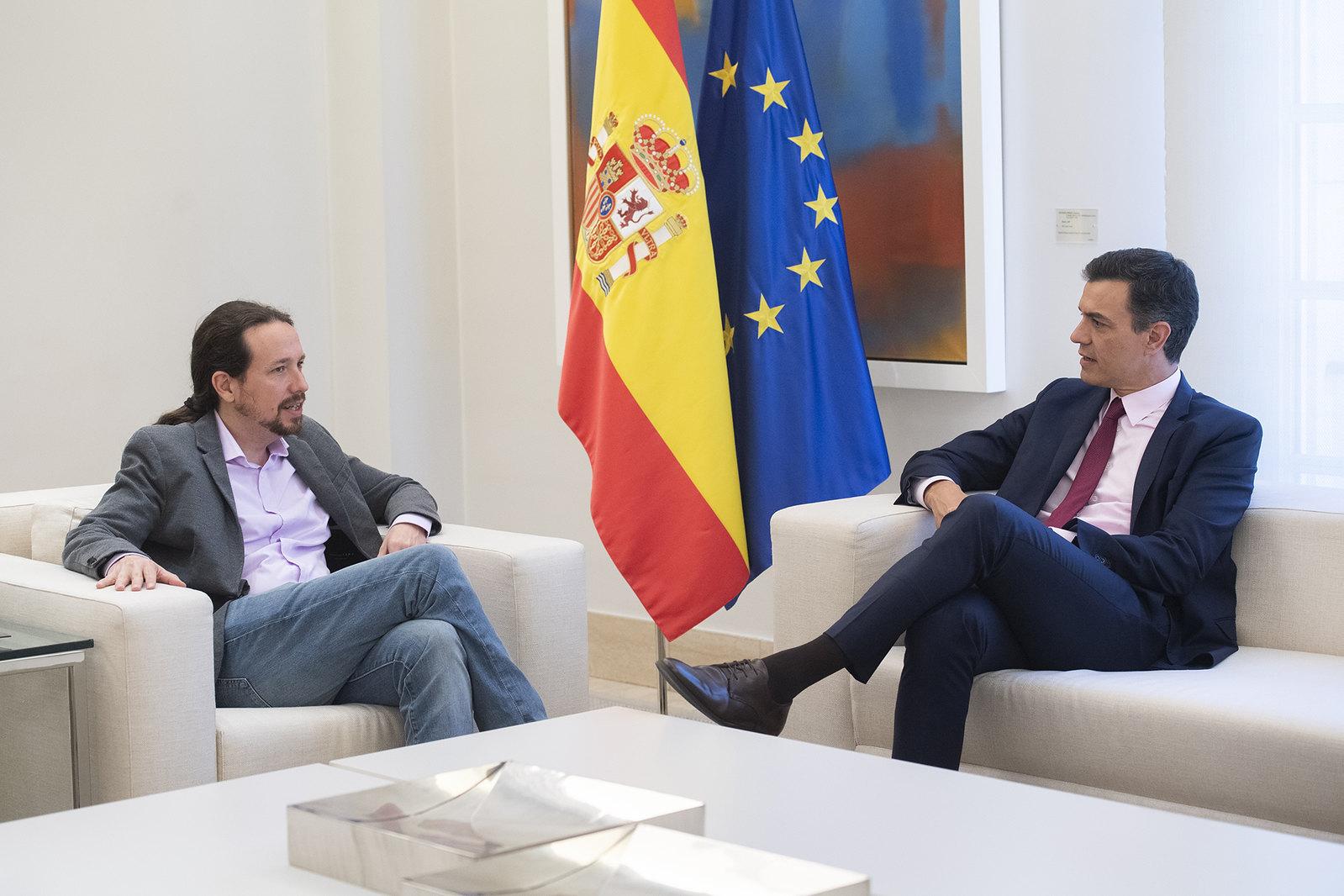 Pedro Sánchez recibe a Pablo Iglesias (07/05/2019)