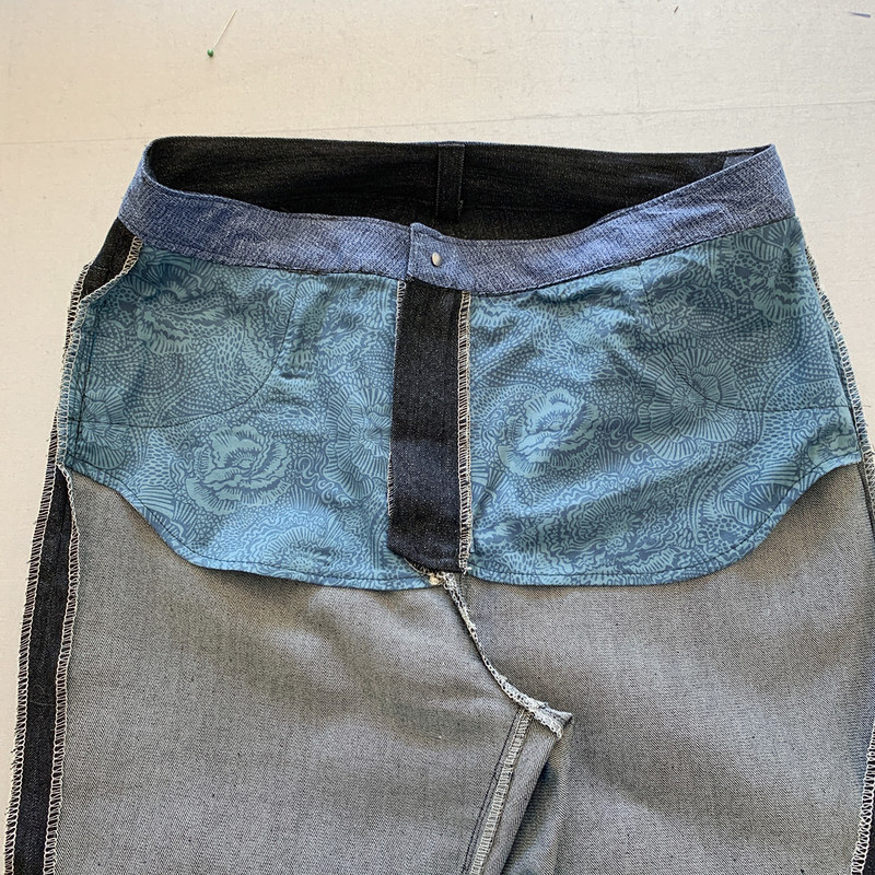 Ash jeans inside pockets