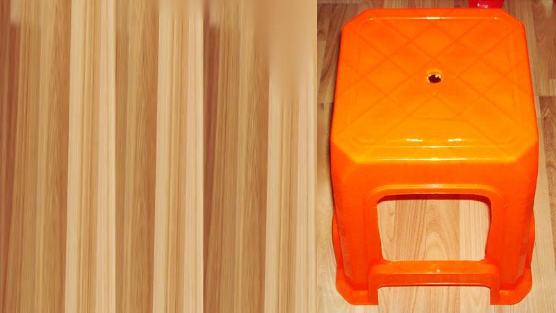 Kenapa Ada Lubang di Kursi Plastik