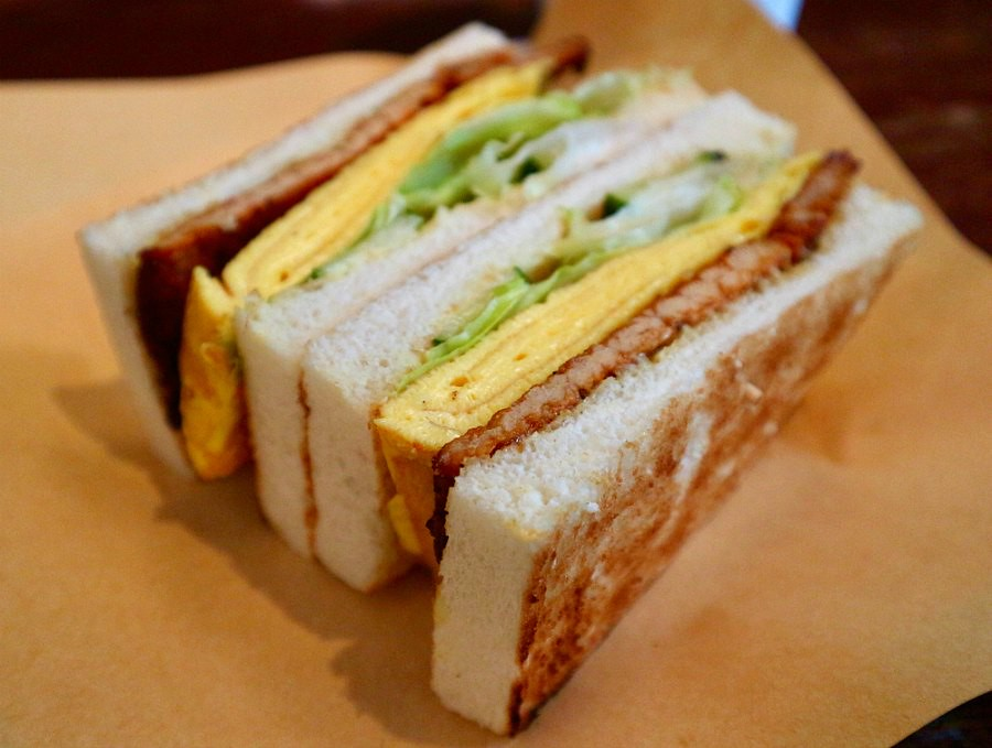 Taiwan Breakfast Sandwich with Egg and Sausage