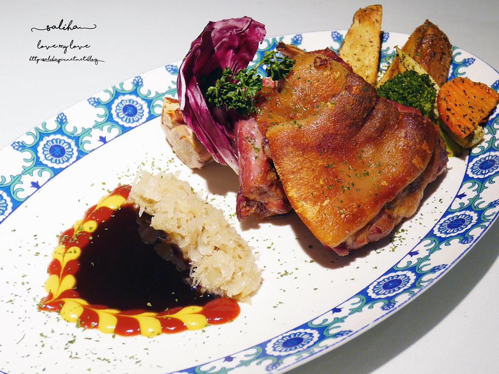 桃園火車站附近美食推薦BG德國農莊TeaBar好吃德國豬腳排餐約會餐廳 (1)