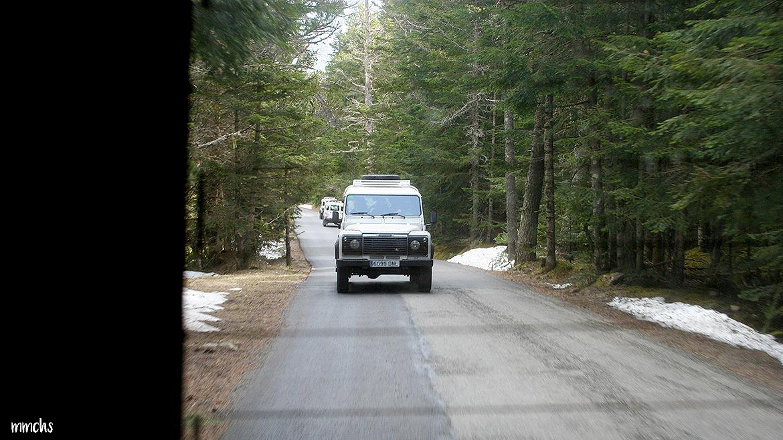 Jeeps subiendo a Aigüestortes