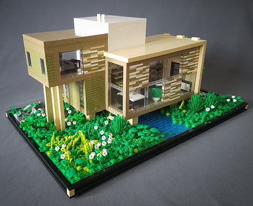 Checkered Tan House MOC I