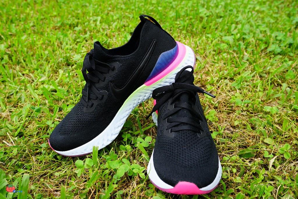 【2019Nike鞋款】女鞋Nike Epic React Flyknit 2跑鞋