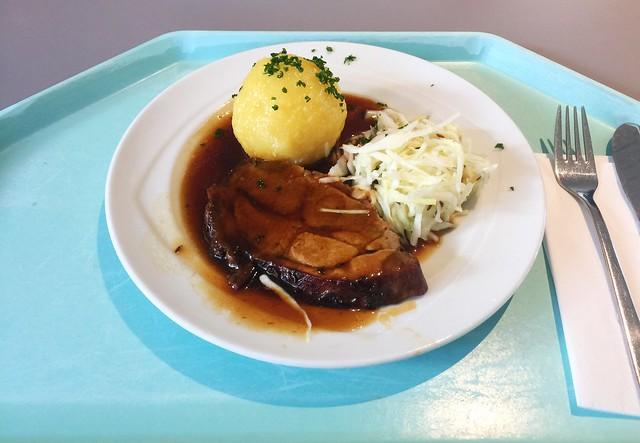 Pork roast with dark beer sauce / Schweinebraten mit Dunkelbiersauce