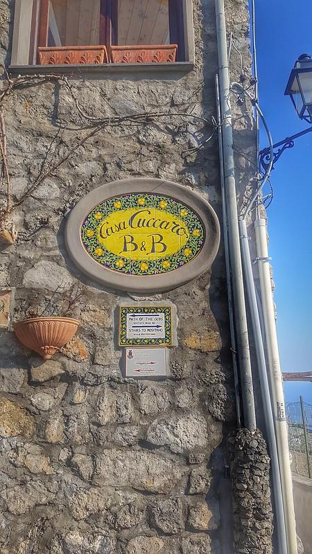 Street sign for the Sentieri Degli Dei in Nocelle