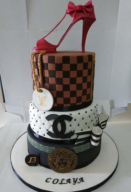 Cake by Aloysia Azzopardi of Cakeholic Malta
