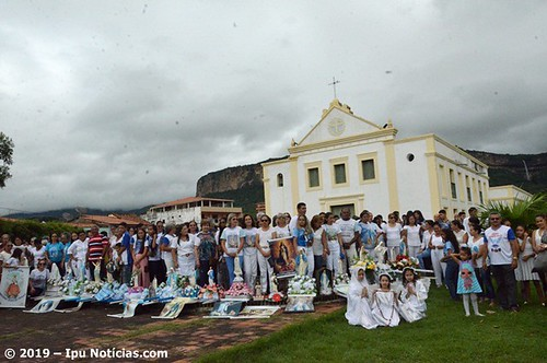 Envio das imagens na Paróquia de São Sebastião de Ipu