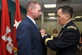 General recognizes security officer wounded in Iraq IED attack