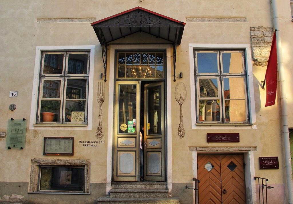 Rataskaevu 16, Tallinn Old Town