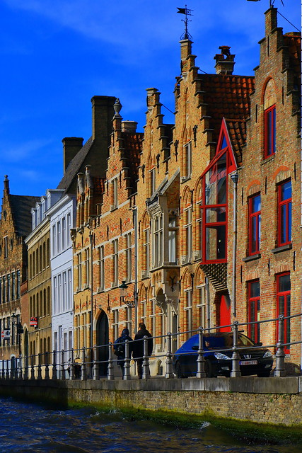 IMG_1964_1 - Bruges - Facades along the canals
