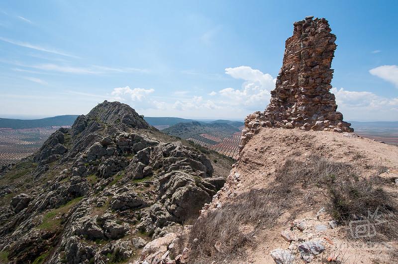 Castillo de Peñas Negras en Mora