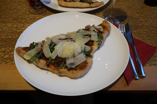 Pizza Parma (meine Hälfte)
