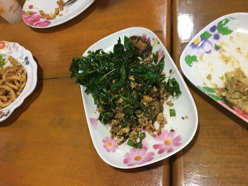 コサムイ ナトンでタイ料理