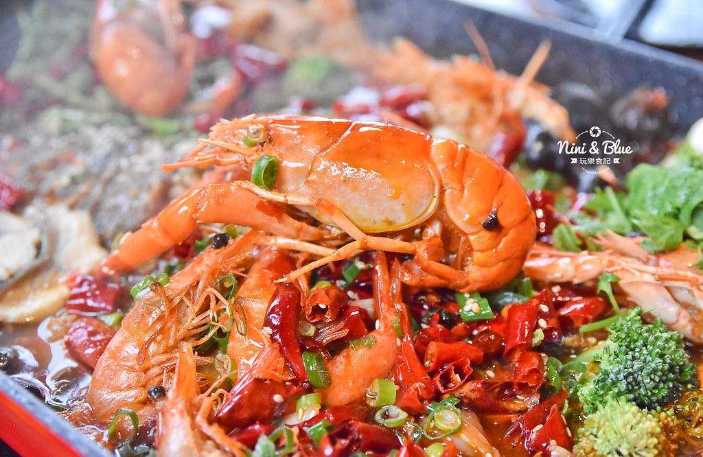 漁知香木桶魚 台中逢甲美食 麻辣烤魚 小龍蝦 水煮牛 四川烤魚37