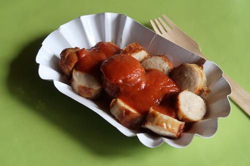 Currywurst (mit vom Gastgeber selbst gemachter Currysoße)