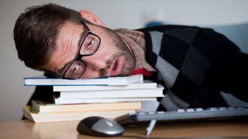 3 Cara Manjur untuk Mengurangi Rasa Lelah Saat Berpuasa