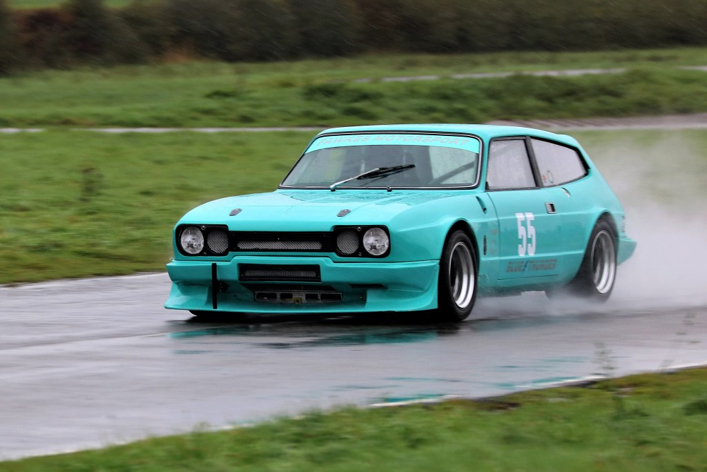 Bev Fawkes' Relaint Scimitar at Curborough  (S Wilkinson)