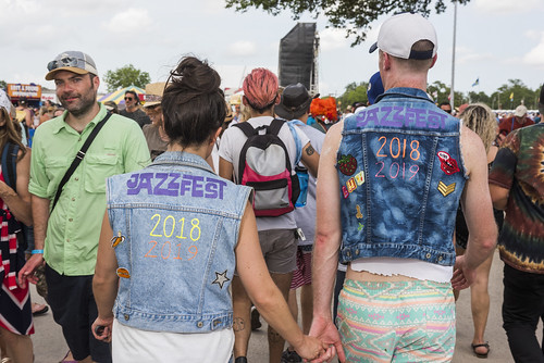 Audience fashion at Jazz Fest day 6 on May 3, 2019. Photo by Ryan Hodgson-Rigsbee RHRphoto.com