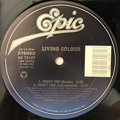 LIVING COLOUR:FUNNY VIBE(LABEL SIDE-A)